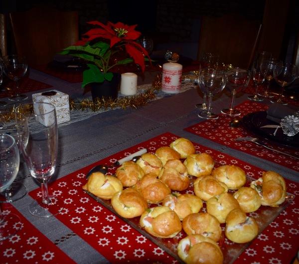 recette des petits choux fourrés au saumon et à l' aneth, Tours, Noël, apéritif,