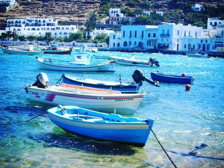 petit port de Mikonos, mer, eaux bleues, paradis