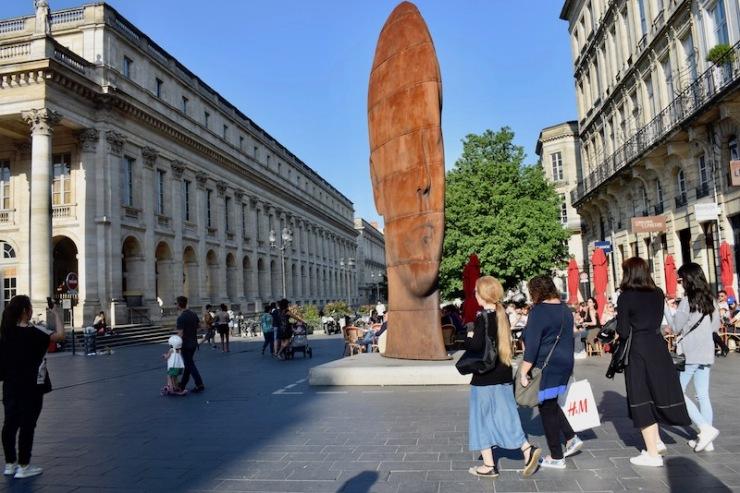 Le grand théâtre et la place de la Comédie Bordeaux