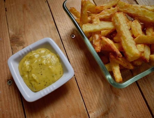 pommes pont-neuf & sauce béarnaise