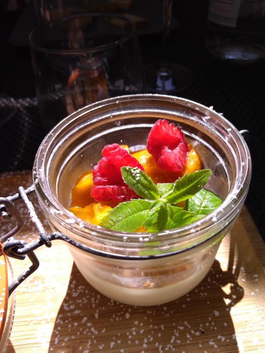 Restaurant Casse-Cailloux : Panna Cotta aux mirabelle