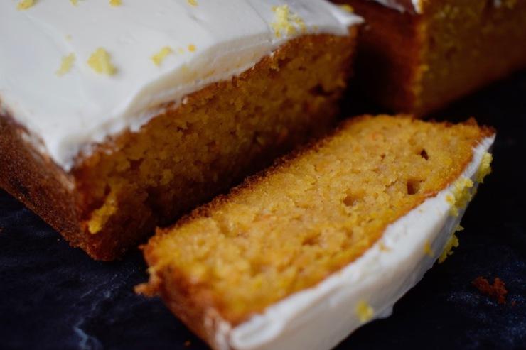 Butternut cake, glaçage vanille et zestes d'orange